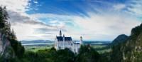 The fairytale view of Neuschwanstein Castle in Bavaria | Skeeze