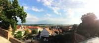 Looking over Austria from the Czech town of Mikulov | Els van Veelen