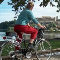 Cycling past Bolsena Lake