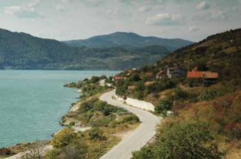 Danube river scenery, Romania&#160;-&#160;<i>Photo:&#160;Sue Badyari</i>