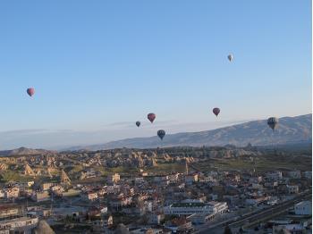 Early morning balloon ride above Cappadocia&#160;-&#160;<i>Photo:&#160;Ross Baker</i>