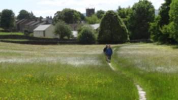 Heading to Askrigg across the flagstones | John Millen
