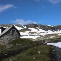 Sherpa Expeditions, Norwegian Fjordland   John Millen