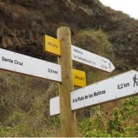 A la Palma walker's sign post | John Millen