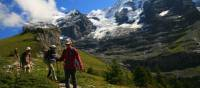 Walking down the trails to Wengen